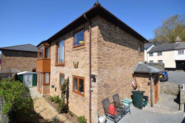 3 Bedrooms Detached House for sale in The Gateways, Mary Street, Bovey Tracey, Newton Abbot
