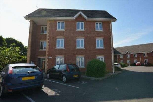 2 Bedrooms Flat for sale in Chestnut Road, Abington, Northampton NN3 2JL