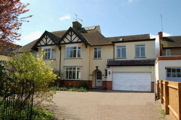6 Bedrooms Semi Detached House for sale in Church Way, Weston Favell, Northampton NN3 3BX