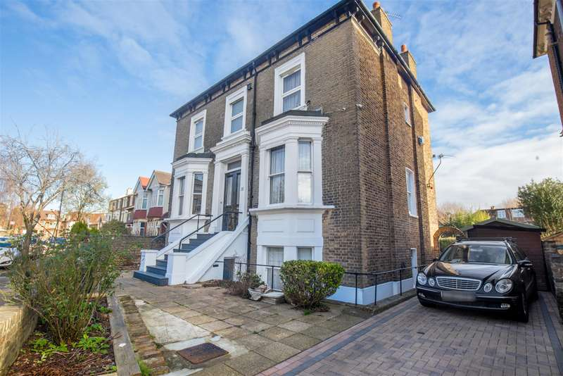 4 Bedrooms Flat for sale in Richmond Road, London, W5 5NS