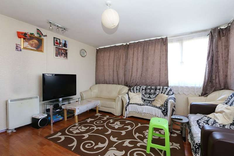 2 Bedrooms Flat for sale in Lincoln Court, Bethune Road, London, London, N16 5EB