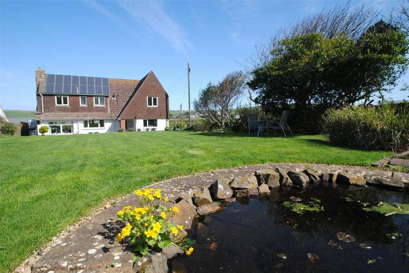 5 Bedrooms Detached House for sale in Down End, Croyde
