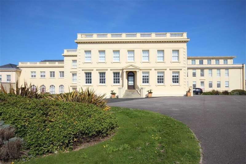 2 Bedrooms Apartment Flat for sale in Corsica Hall, College Road, Seaford