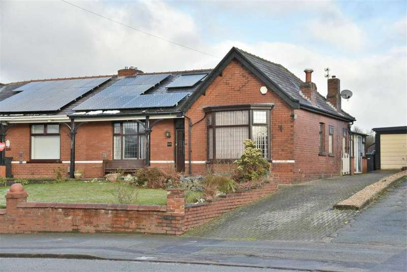 2 Bedrooms Semi Detached Bungalow for sale in Manchester Road, Over Hulton