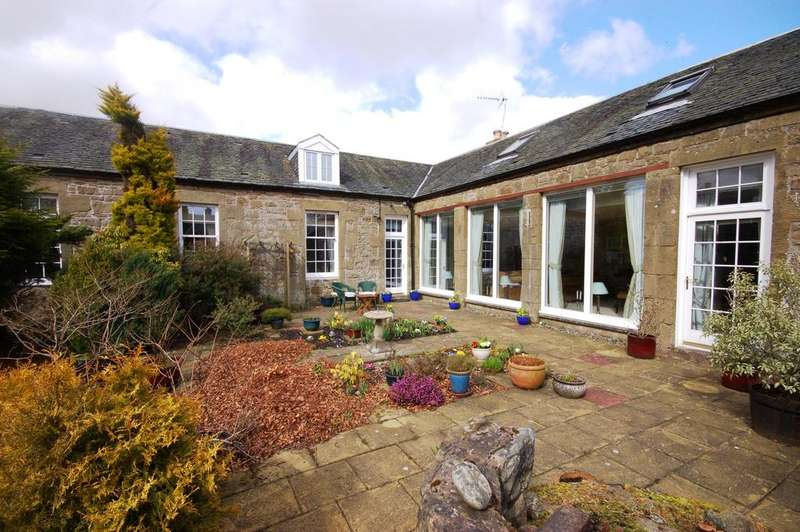 4 Bedrooms Semi Detached House for sale in The East Steading Causewayend, Kirknewton, Kirknewton, EH27