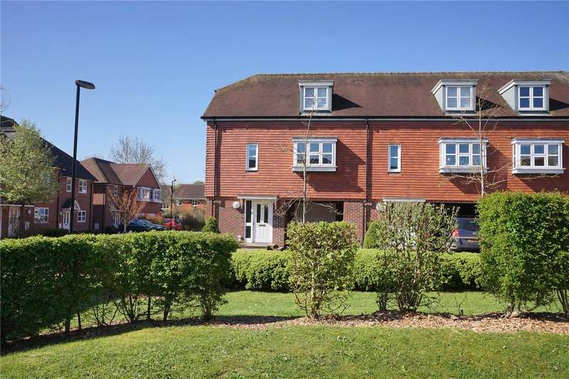 3 Bedrooms House for sale in Pentons Close, Holybourne, Alton, Hampshire
