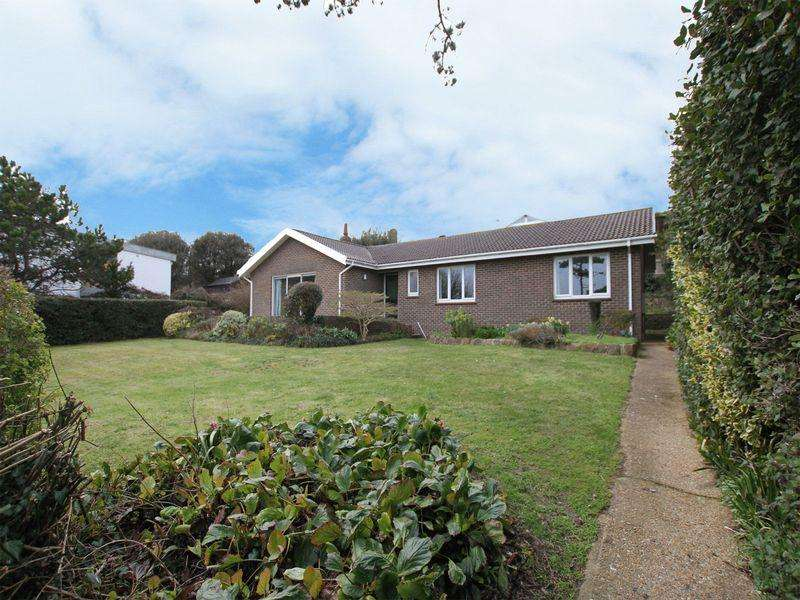 4 Bedrooms Detached Bungalow for sale in St Margaret's Bay
