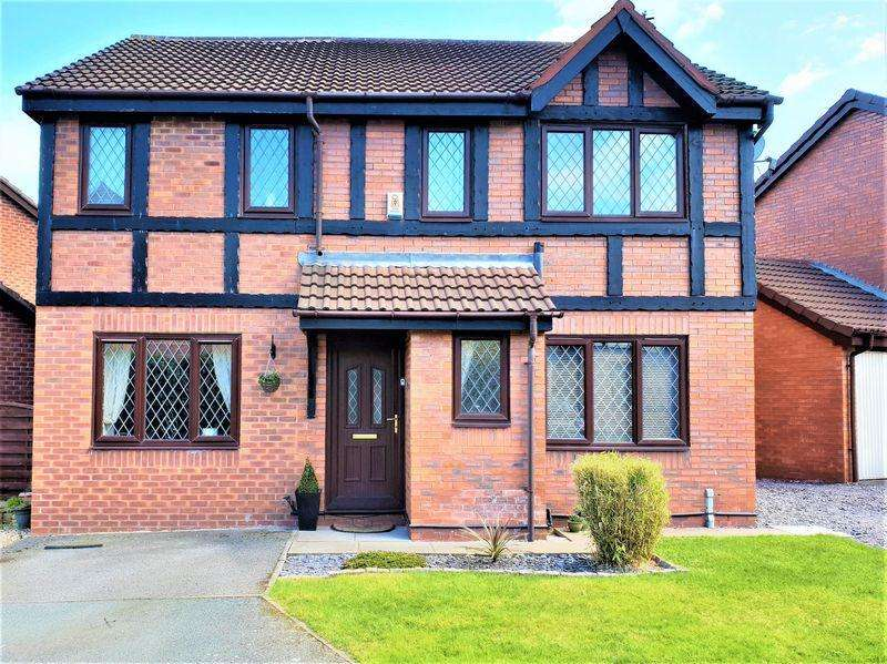 4 Bedrooms Detached House for sale in School House Grove, Burscough, Ormskirk