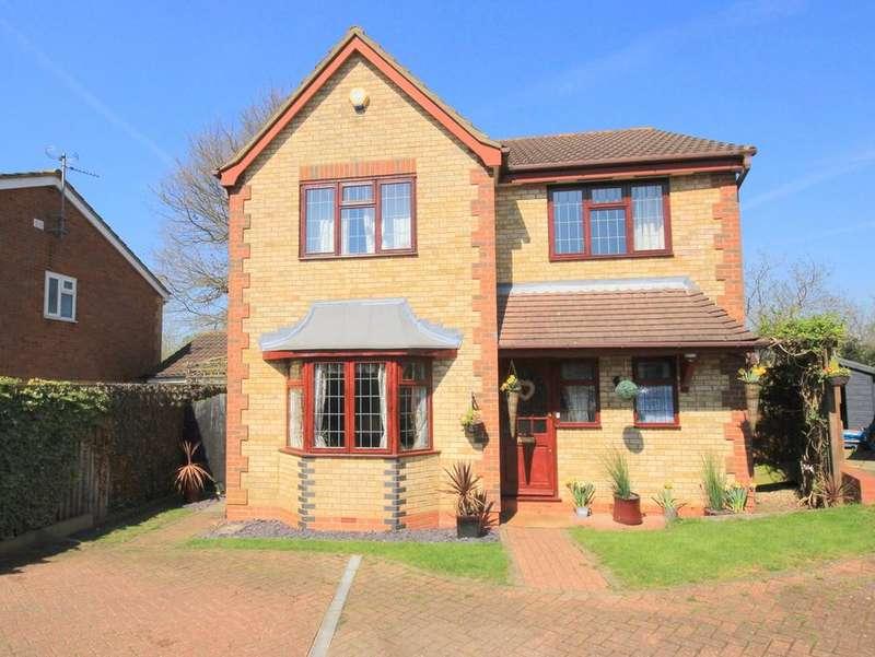 4 Bedrooms Detached House for sale in Salisbury Road, Flitwick, MK45