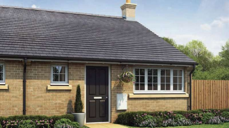 2 Bedrooms Semi Detached Bungalow for sale in The Croft, Baston