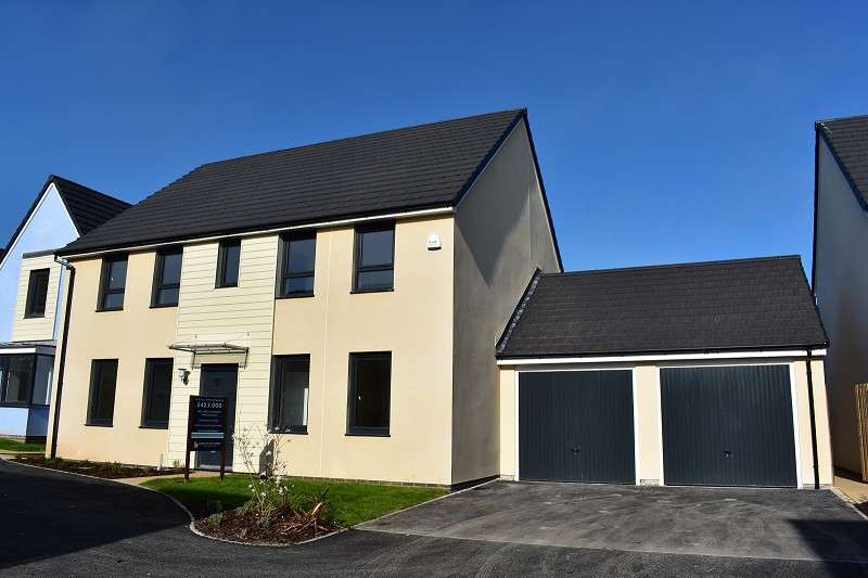 4 Bedrooms Detached House for sale in The Chelworth, The Rise Main Road, Ogmore-by-sea, Bridgend. CF32 0PW
