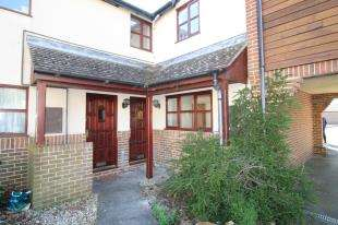 1 Bedroom Maisonette Flat for sale in Churchwood Drive, Tangmere, Chichester, Wrest Sussex