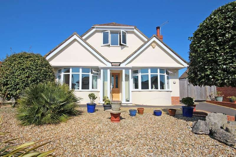 3 Bedrooms Chalet House for sale in Cellars Farm Road, Hengistbury Head, Bournemouth