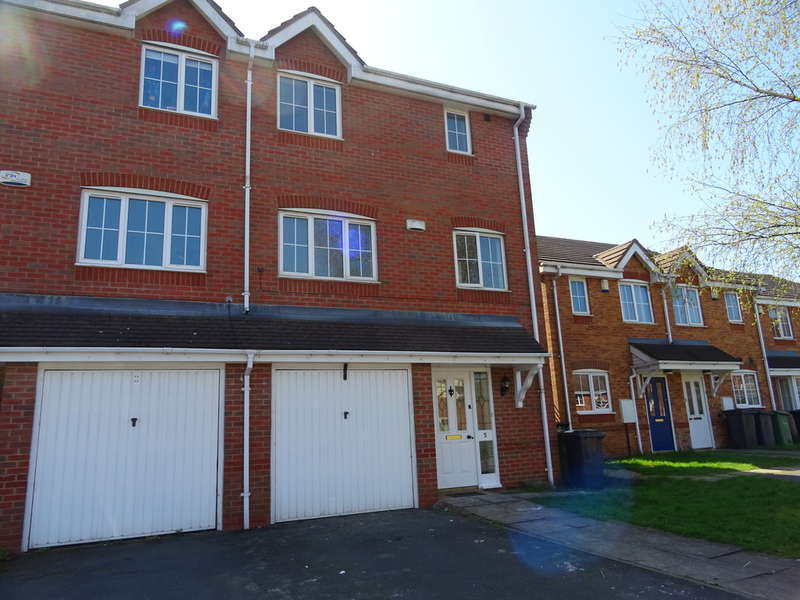 3 Bedrooms Semi Detached House for sale in Stone Meadow, Keresley, Coventry