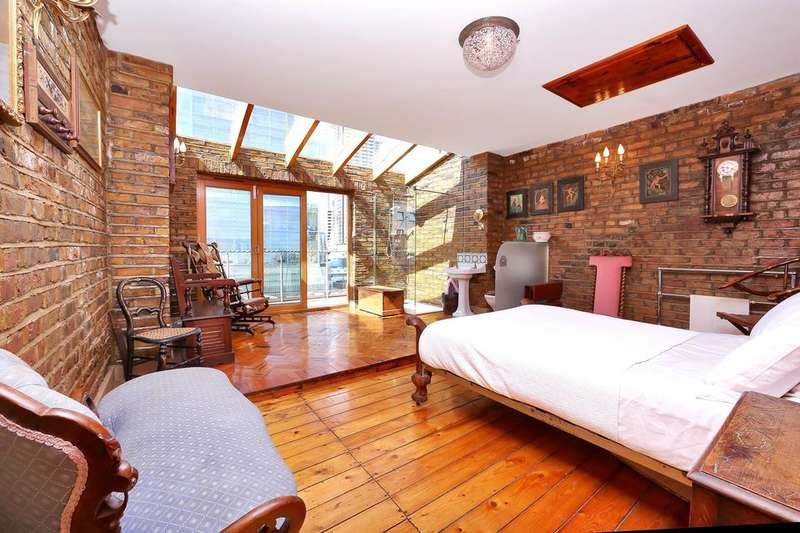 4 Bedrooms Town House for sale in Manchester Road, London E14