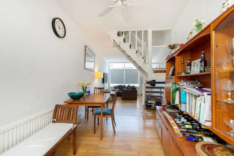 3 Bedrooms House for sale in North Street, Clapham Old Town, SW4