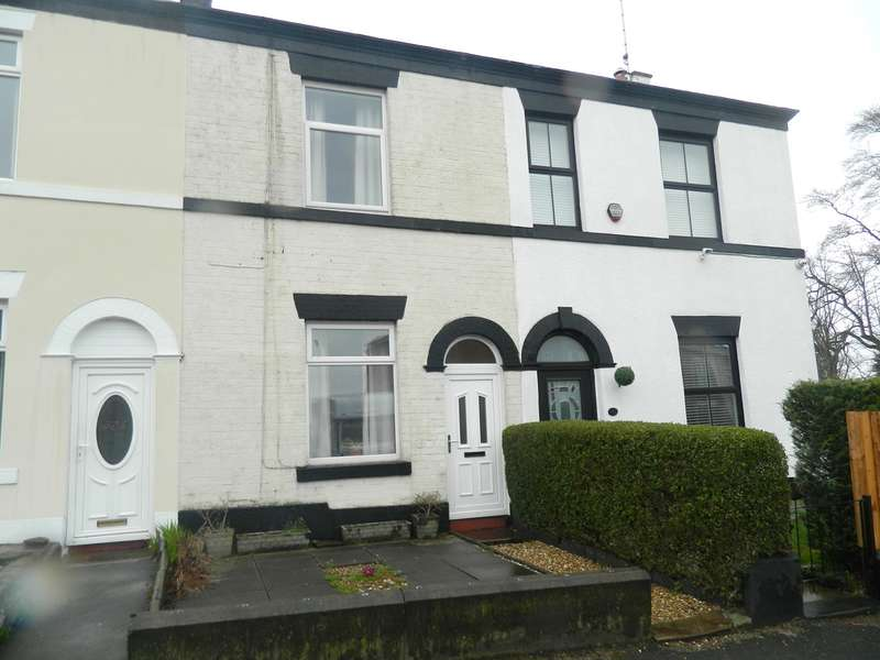 2 Bedrooms Terraced House for sale in Walshaw Road, Bury, BL8