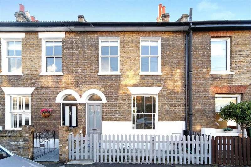 2 Bedrooms Terraced House for sale in Reynolds Place, Blackheath, London, SE3