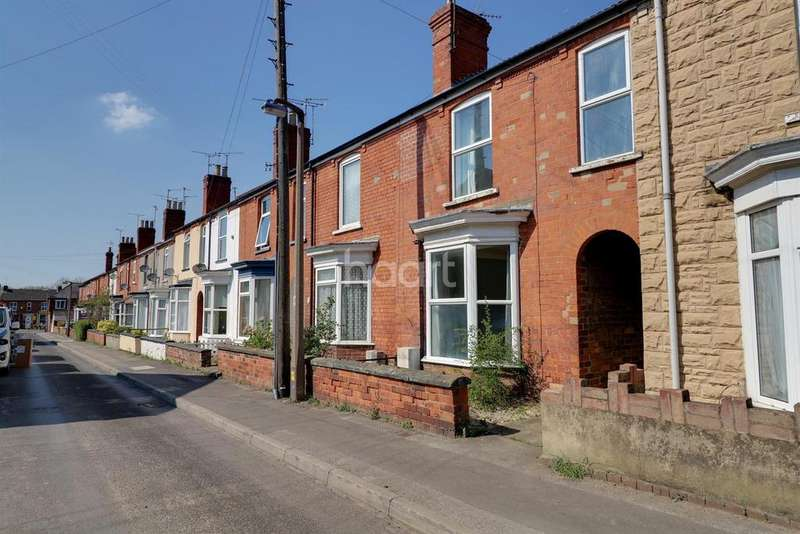 3 Bedrooms Terraced House for sale in Victoria Street, Lincoln