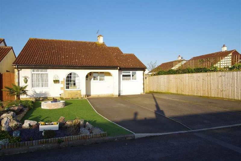2 Bedrooms Detached Bungalow for sale in Alnwick, Toothill, Swindon