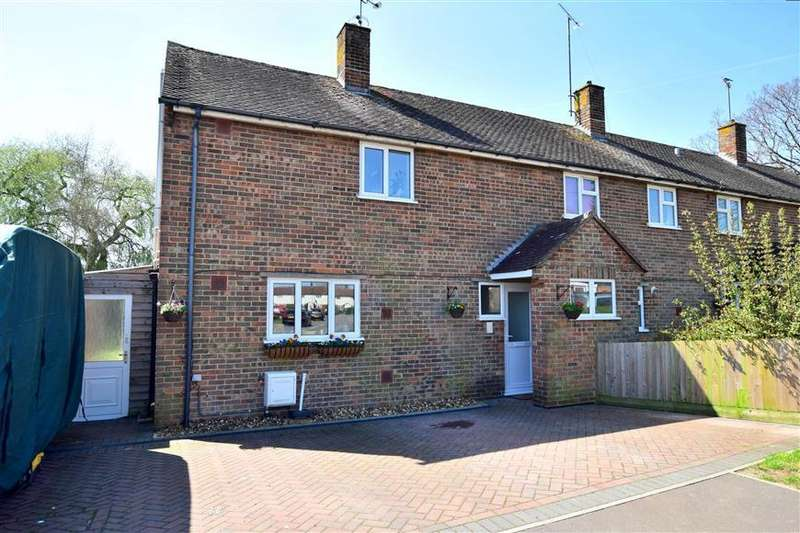 2 Bedrooms End Of Terrace House for sale in Woodland Avenue, Burgess Hill, West Sussex