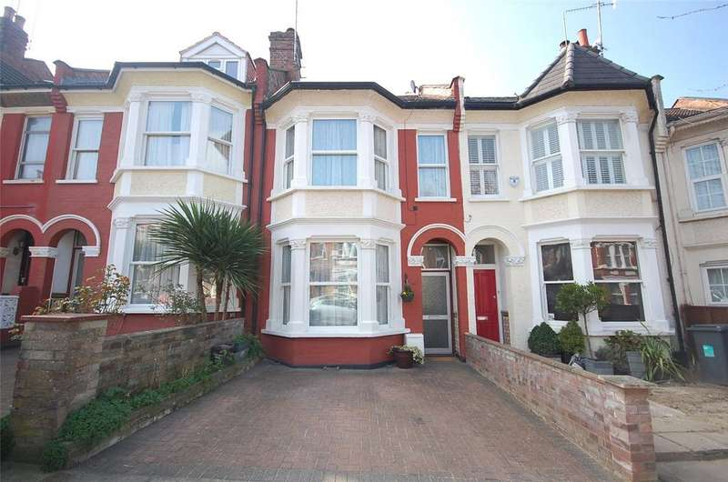 3 Bedrooms House for sale in Elm Park Road, Finchley, London, N3