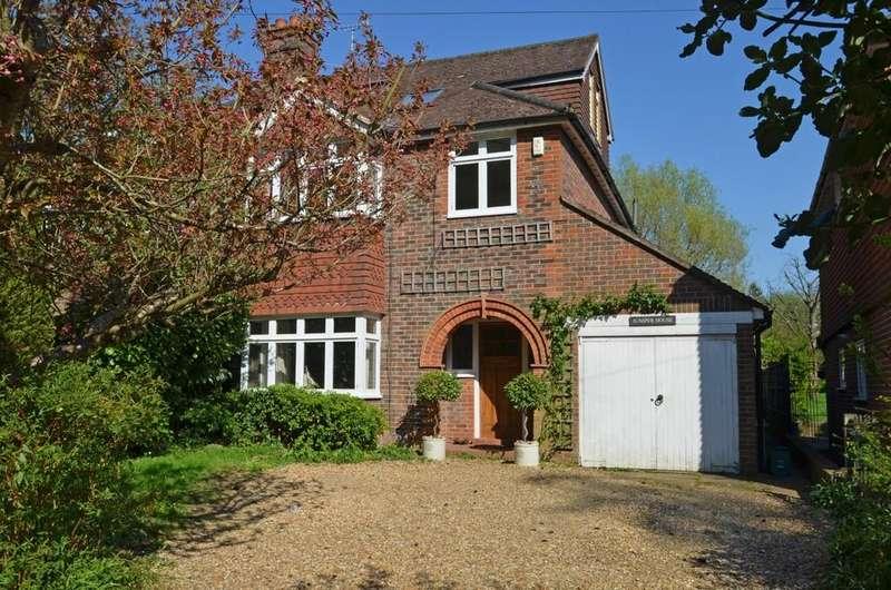 4 Bedrooms Semi Detached House for sale in Busbridge