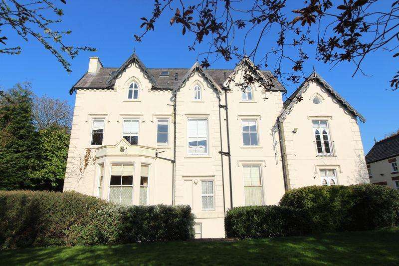 2 Bedrooms Apartment Flat for sale in North Mossley Hill Road, Mossley Hill