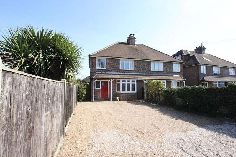 3 Bedrooms Semi Detached House for sale in Hawks Road, Hailsham