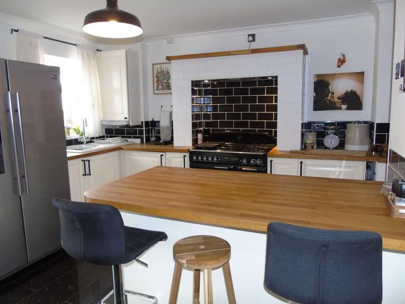 2 Bedrooms Terraced House for sale in James Terrace, Porth