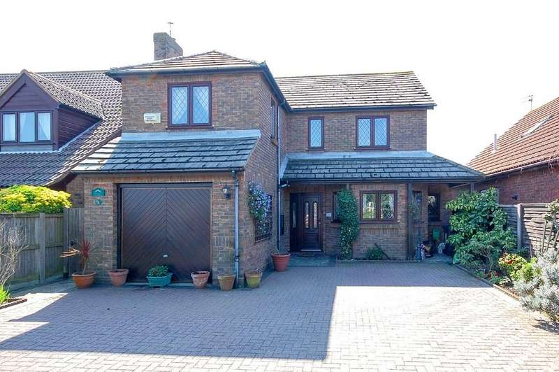 4 Bedrooms Detached House for sale in King Edward Avenue, Herne Bay