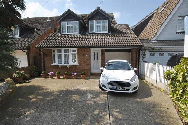 4 Bedrooms Detached House for sale in Spencer Road, Benfleet, Essex