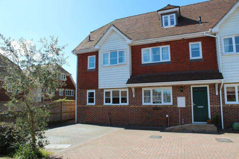 3 Bedrooms End Of Terrace House for sale in Matfield