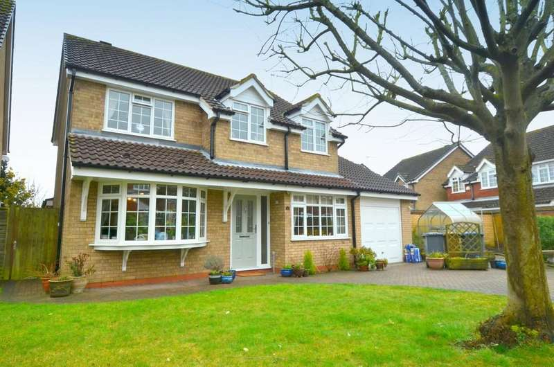 4 Bedrooms Detached House for sale in Herbert Road, Kesgrave, IP5 2XX