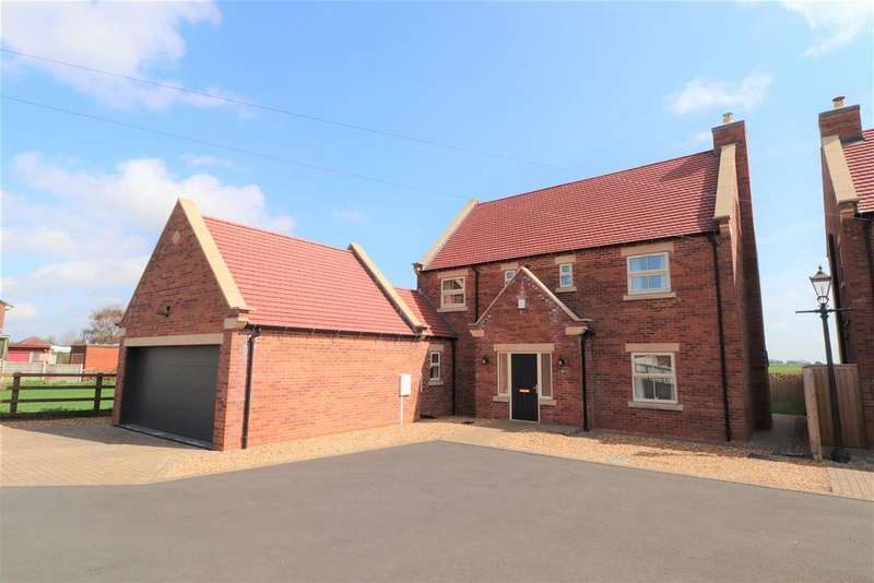 4 Bedrooms Detached House for sale in Rowthorne Lane, Glapwell, Chesterfield