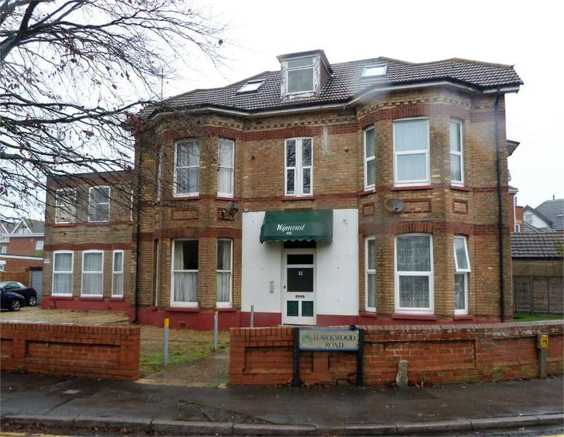 1 Bedroom Flat for rent in Hawkwood Road, Bournemouth, Dorset, United Kingdom