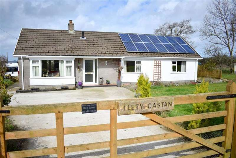 4 Bedrooms Smallholding Commercial for sale in Cross Inn, Llandysul, Carmarthenshire
