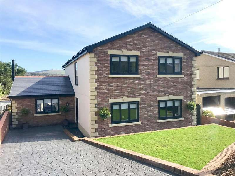 5 Bedrooms Detached House for sale in Bryncatwg, Neath