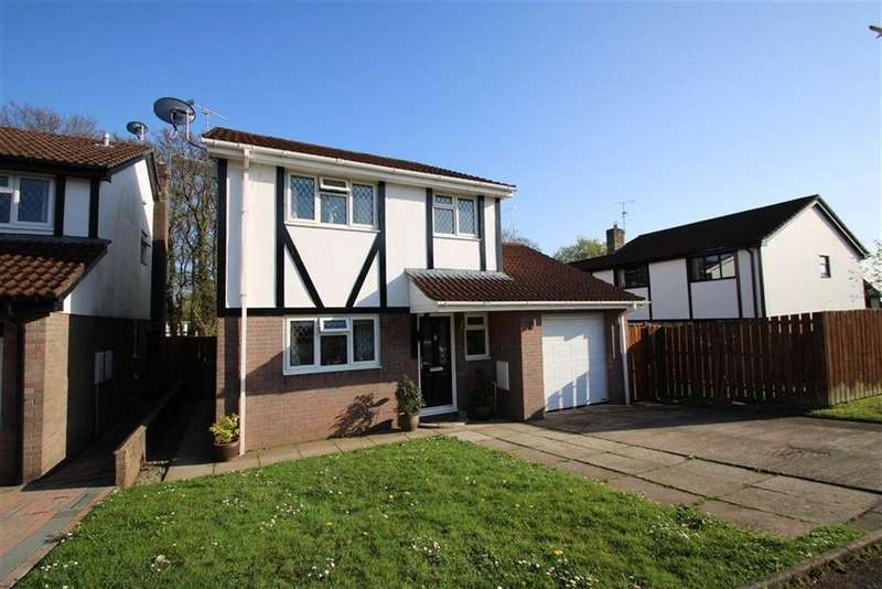3 Bedrooms Detached House for sale in Norwood, Thornhill, Cardiff