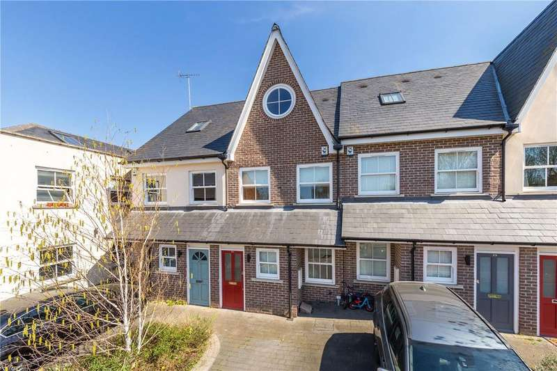 4 Bedrooms Terraced House for sale in Burleigh Road, St. Albans, Hertfordshire