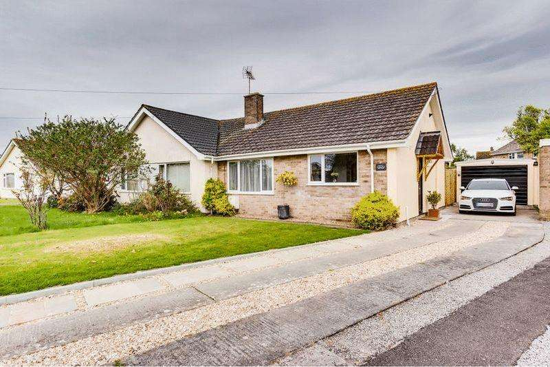 2 Bedrooms Semi Detached Bungalow for sale in St Marks Road, Burnham-On-Sea