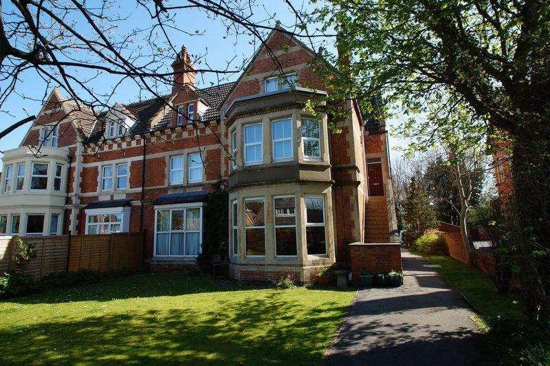1 Bedroom Apartment Flat for sale in 72 Berrow Road, Burnham-On-Sea