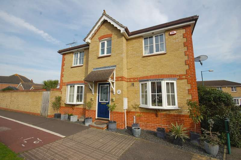 3 Bedrooms Detached House for sale in Quale Road, Chancellor Park, Chelmsford, CM2