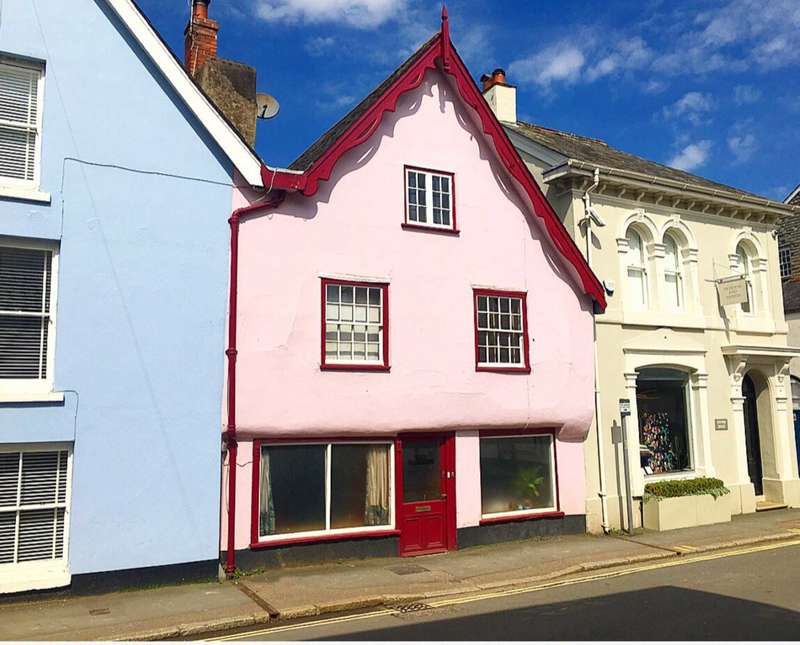 4 Bedrooms Terraced House for sale in West Street, Ashburton