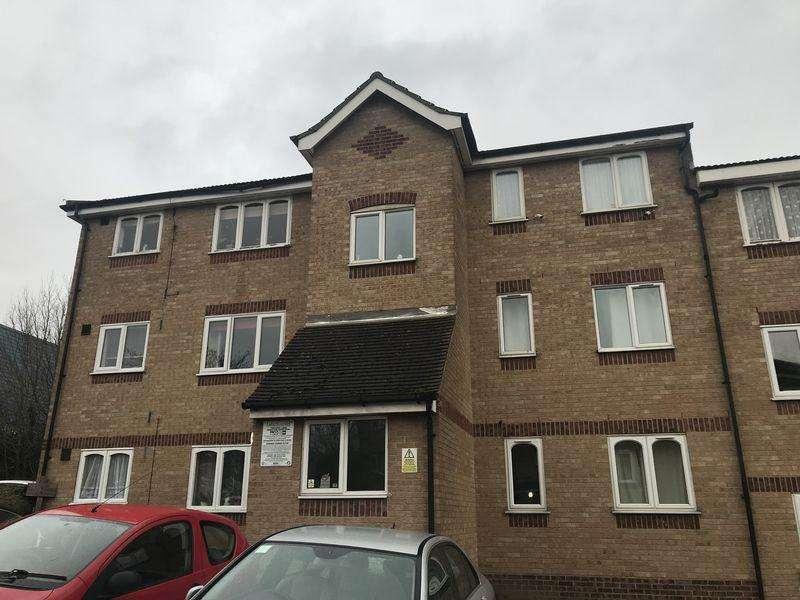1 Bedroom Flat for sale in Oakhill Road, Purfleet