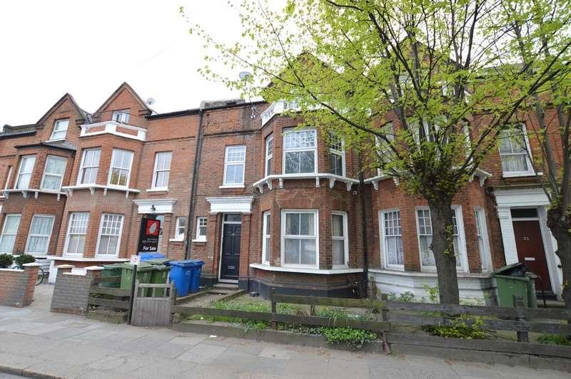 3 Bedrooms Flat for sale in Hanover Park Peckham SE15