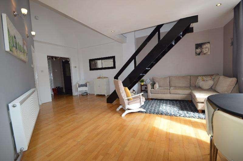 3 Bedrooms Flat for sale in Nelson Street, Kilmarnock, East Ayrshire, KA1 2AA