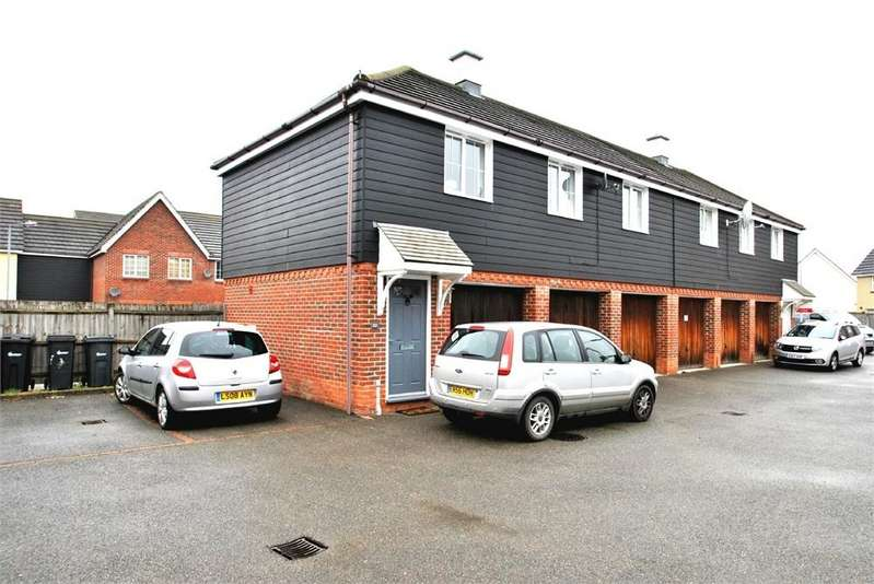 2 Bedrooms Maisonette Flat for sale in Plaiters Way, Braintree, Essex