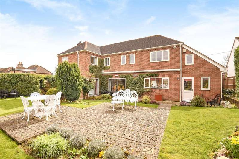 4 Bedrooms Detached House for sale in Holton, Oxford