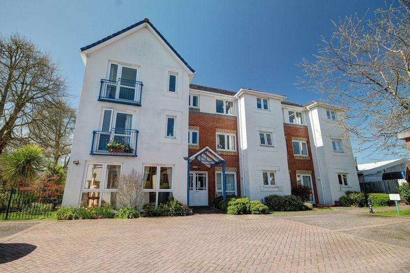 1 Bedroom Flat for sale in Cowick Street, Exeter